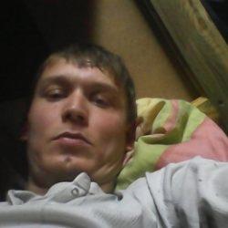 Молодой парень ищет девушку, Мурманск и МО
