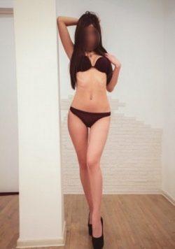 Девушка ищет мужчину в Мурманске.Углубись в атмосферу безумного сексуального желания без запретов.