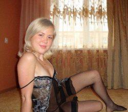 Молодая и общительная девушка ищет парня в Мурманске